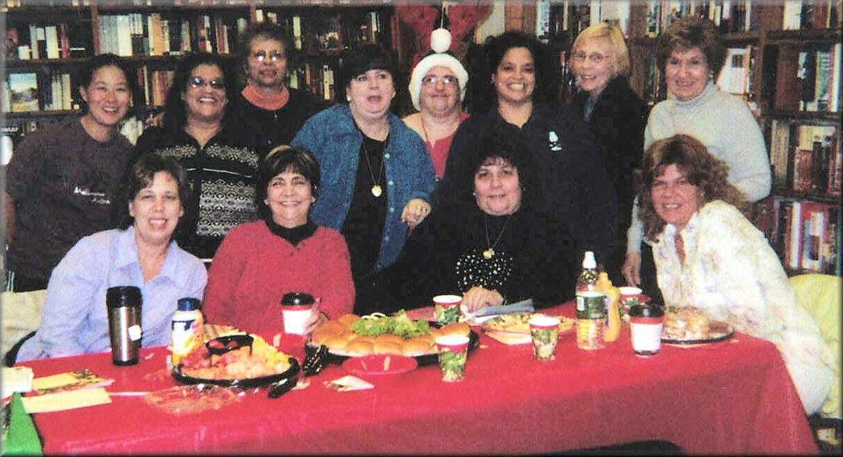 The wonderful readers group at Borders in East Brunswick